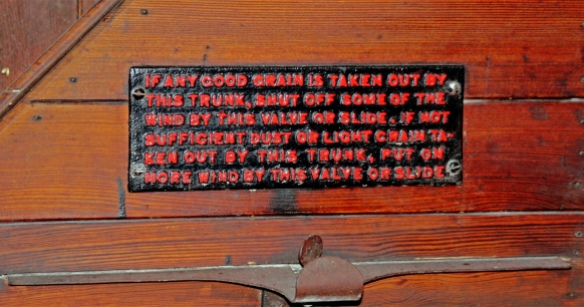 A notice on the wind trunk, a device for separating the plump malted grain from the dust and faulty. too-light grains before the malt was ground