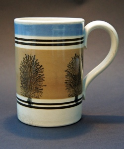 Mochaware pint mug stamped GR 19, made by TG Green of Church Gresley, Derbyshire