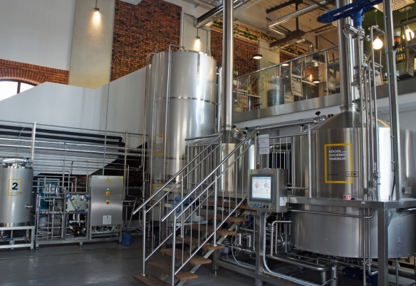 Part of the very impressive set-up at Browar Stu Mostów, where a balcony bar looks down on the brewing area. That's the mash tun on the right, if my translation of 'kocioł zacierno warzelny' is correct.