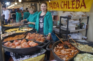 One of the food stalls at the festival: 'Pajda chleba' means 'chunk of bread'